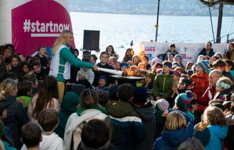 Olympic flame visits Oberhofen am Thunersee
