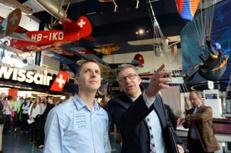 Симон Амманн открыл первый в мире крытый лыжный трамплин